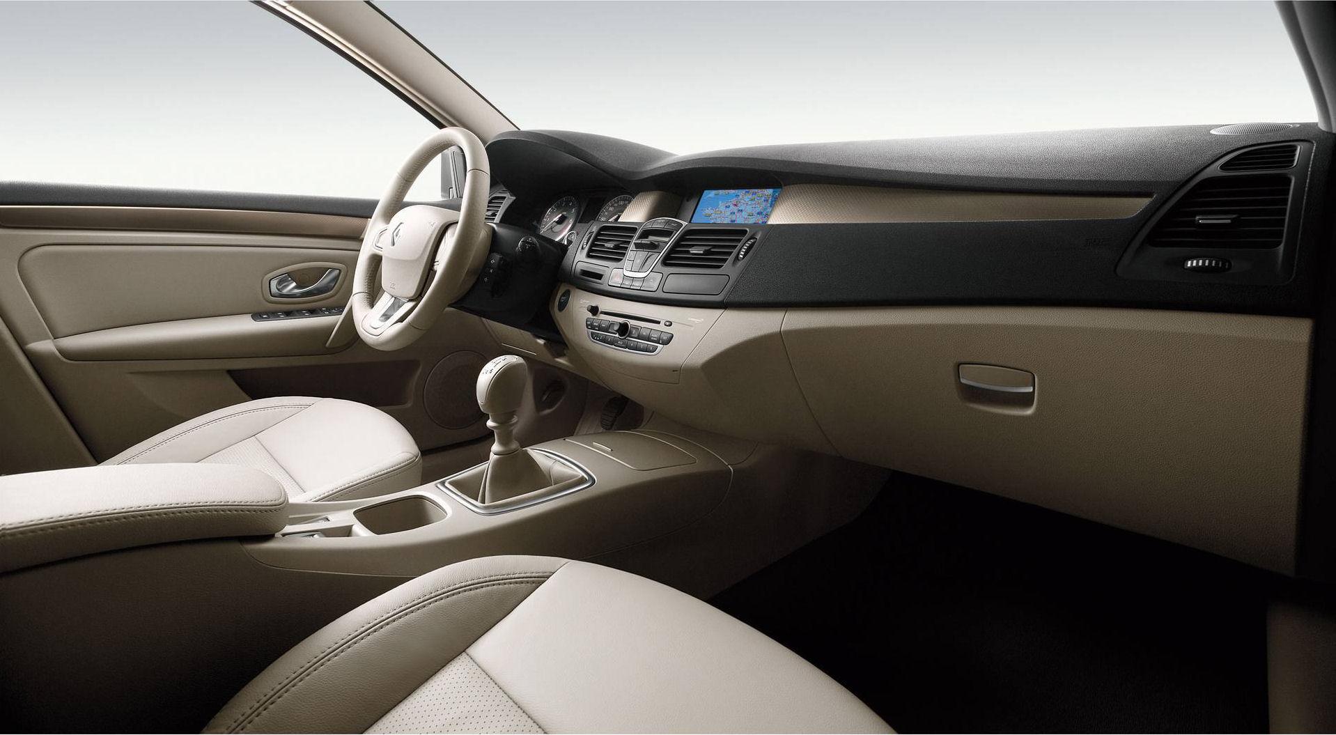 Intérieur - 8/36 - Renault Laguna 3 (2009) - http://new.renault ...